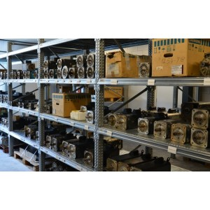 6FX8002-5YB04-1DA0, oprava a prodej servo motorů SIEMENS
